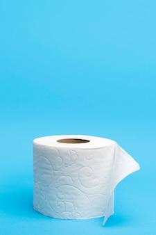 Rolo de papel higiênico com espaço para texto