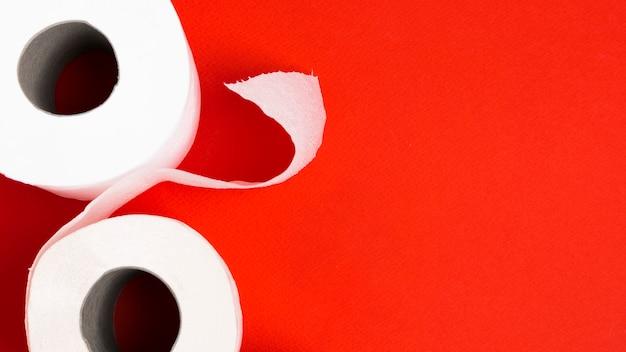 Rolos de papel higiênico para espaço de cópia