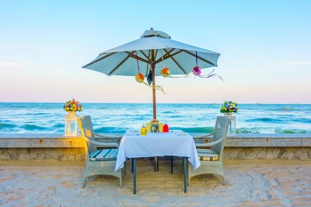 Romance de luxo ambiente romântico restaurante