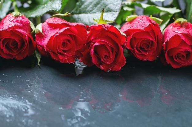 Rosas vermelhas para plano de fundo dia dos namorados