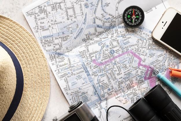Rota do mapa projetado para férias