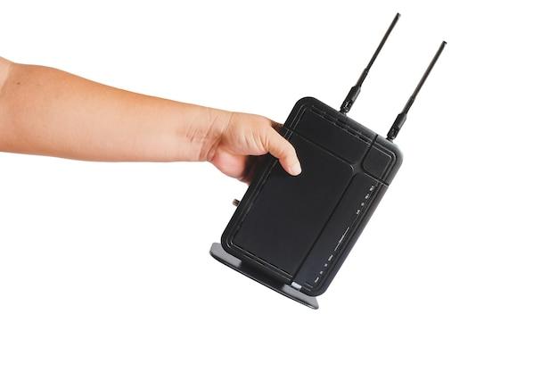 Roteador sem fio wi-fi, tecnologia de dados sem fio em mãos.