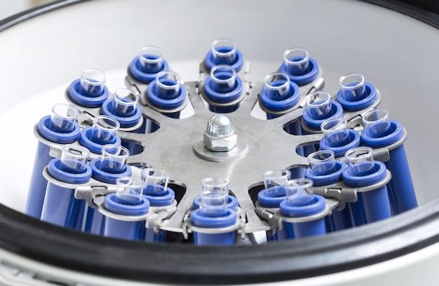 Rotor de centrífuga para pesquisa médica e científica