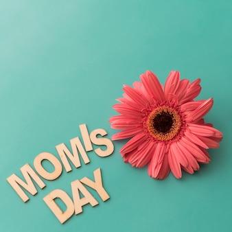 Rotulação do dia da mamã com flor