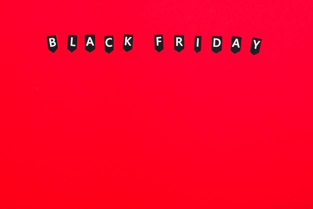 Rótulos com inscrição de sexta-feira negra