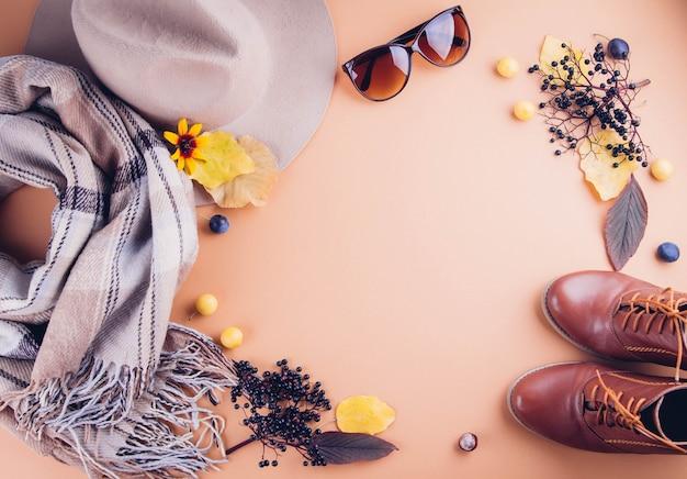 Roupa feminina de outono conjunto de roupas, sapatos e acessórios