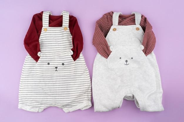 Roupas de bebê menina em lilás pastel