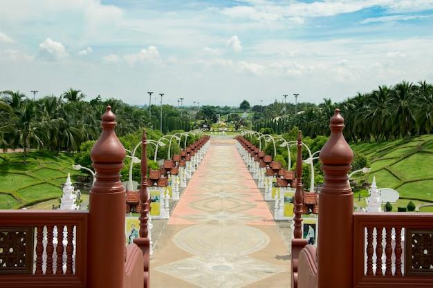 Royal park rajapruek olhar do pavilhão real. chiangmai. tailândia.