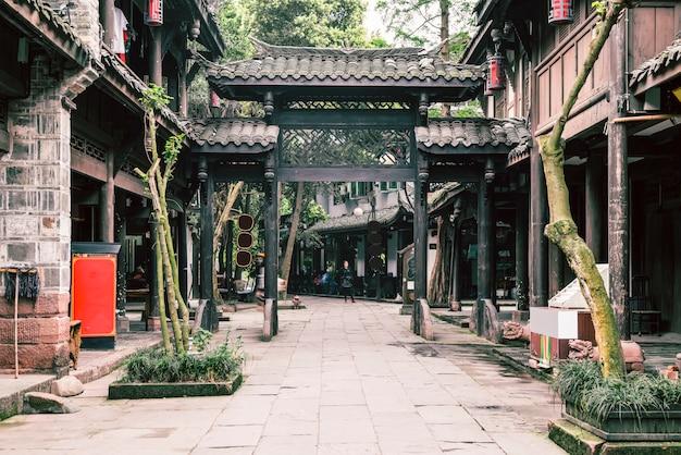 Rua arquitetônica da cidade antiga de huanglongxi, chengdu