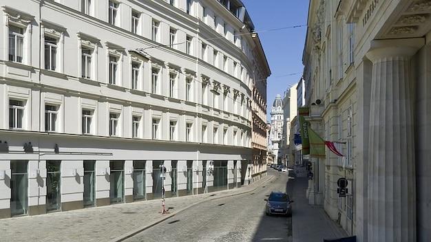 Rua edifícios wien áustria estruturas carros