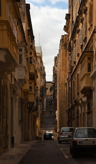 Rua em uma antiga cidade européia