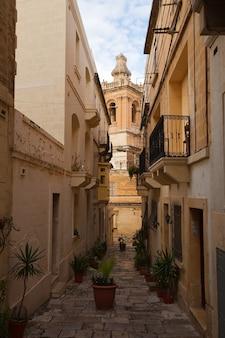 Rua na cidade mediterrânea