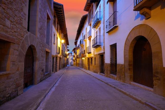 Rubielos de mora aldeia em teruel espanha