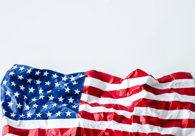 Rugas dos estados unidos da américa ou eua bandeira. eua é estabelecido desde 4 de julho de 1776, que é chamado de dia da independência.