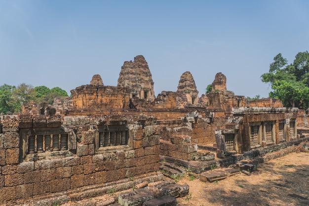Ruínas antigas de angkor wat