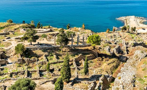 Ruínas antigas no castelo dos cruzados em biblos.