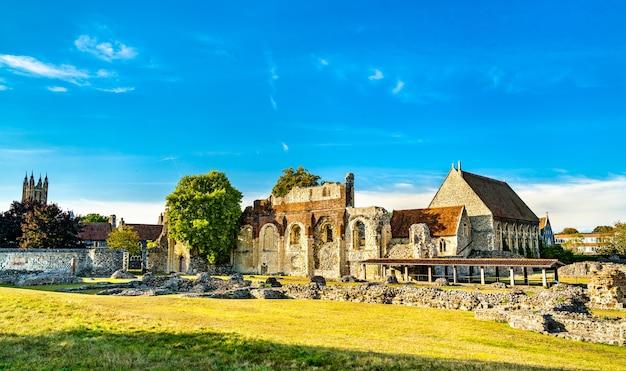 Ruínas da abadia de santo agostinho em canterbury. patrimônio mundial na inglaterra