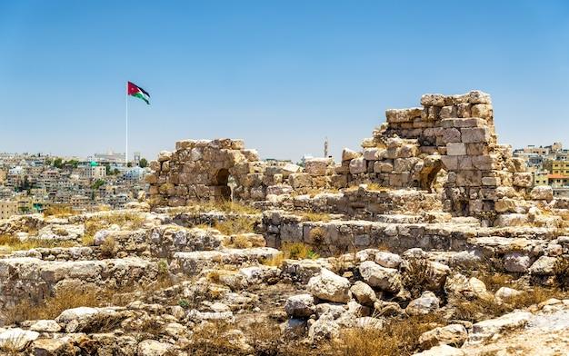 Ruínas da cidadela de amã na jordânia