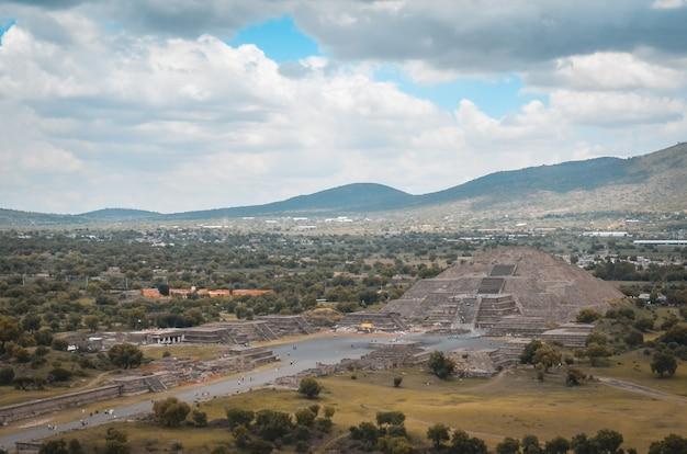 Ruínas de teotihuacan, méxico, pirâmide, civilização asteca.