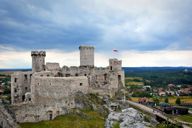Ruínas do antigo castelo medieval.