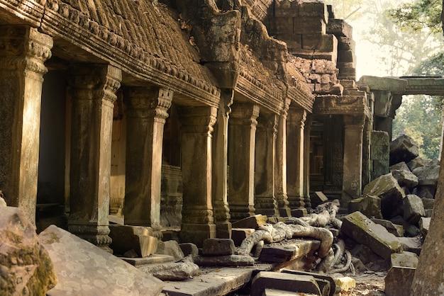 Ruínas do templo de angkor wat