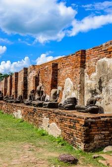 Ruínas do templo de ayutthaya, wat maha that