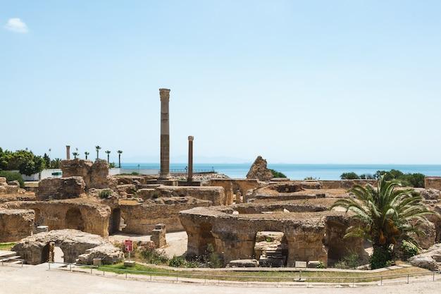 Ruínas dos banhos de antonino. cartago, tunísia.