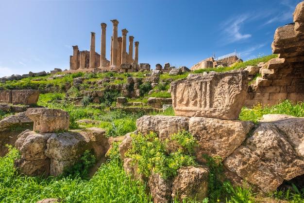 Ruínas na antiga cidade de jerash, na jordânia