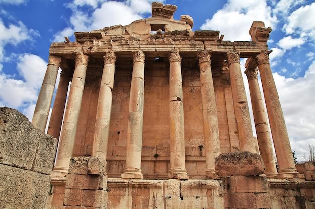 Ruínas romanas antigas da cidade de baalbek no líbano