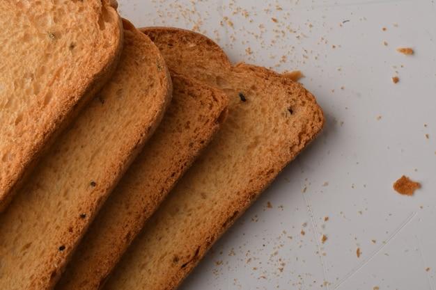 Rusk ou torrada crocante para uma vida saudável