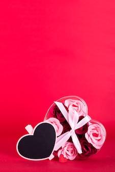 Sabonete decorativo em forma de rosas