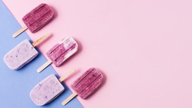 Sabor de sorvete de frutas com espaço para texto