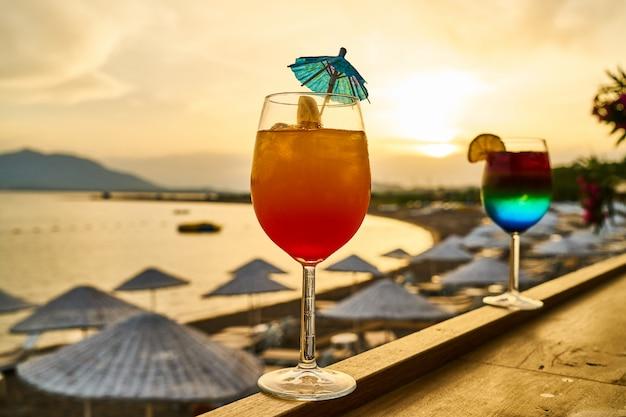 Saborosa bebida alcoólica em um hotel