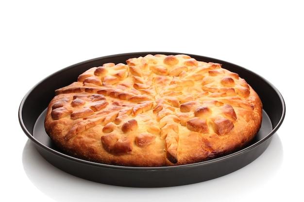 Saborosa torta caseira, isolada no branco