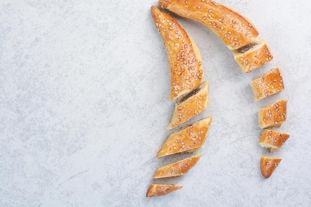 Saborosos biscoitos caseiros em fundo cinza. foto de alta qualidade Foto gratuita