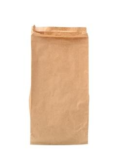 Saco de comida marrom estreito de papel isolado no fundo branco, close-up