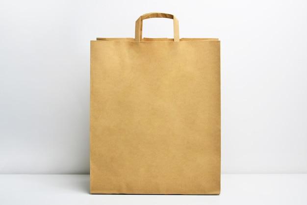 Saco de compras de papel kraft pardo