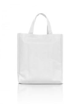 Saco de lona branca em branco tecido isolado no branco