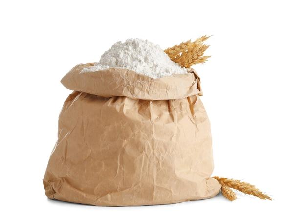 Saco de papel com farinha em branco
