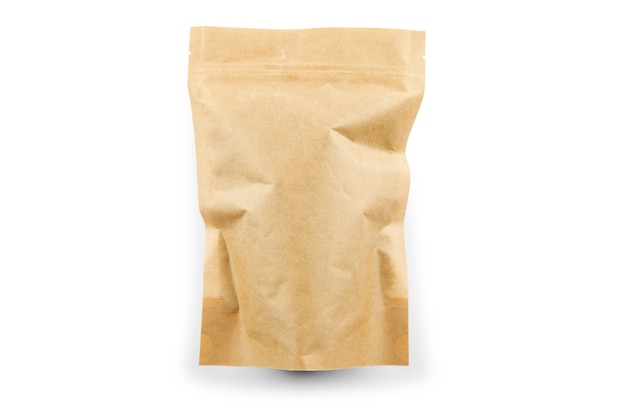 Saco de papel marrom isolado no fundo branco