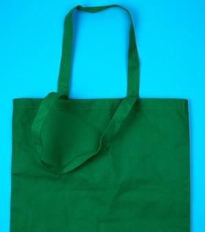 Saco ecológico verde vazio feito de viscose com alças longas