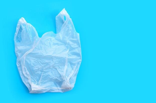 Saco plástico branco. copie o espaço