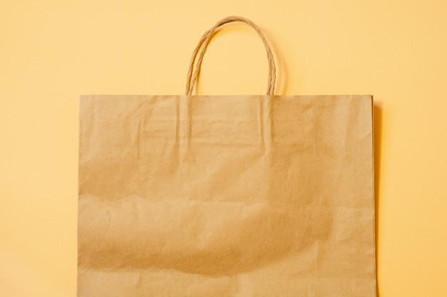 Sacola de compras de papel
