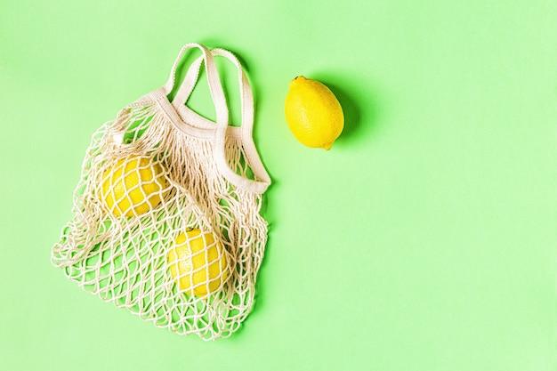 Sacos de algodão para compras grátis de plástico. conceito de desperdício zero.