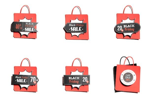 Sacos de compras com rótulos de oferta colorida