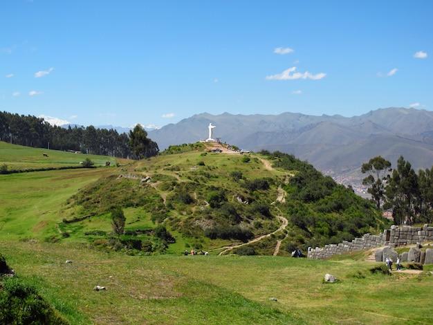 Sacsayhuaman, ruínas da fortaleza em cusco, império inca, peru