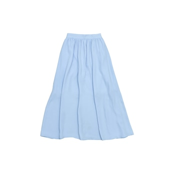 Saia midi azul. conceito elegante. isolado. fundo branco