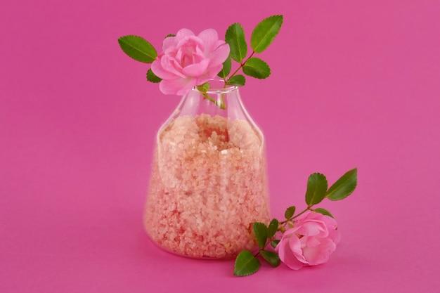 Sal de banho com extrato de rosa
