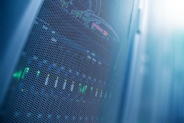 Sala de datacenter de internet do servidor, rede