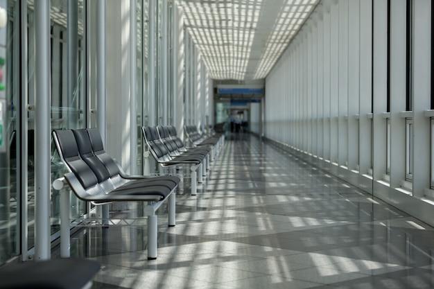 Sala de espera para área de viajantes no aeroporto